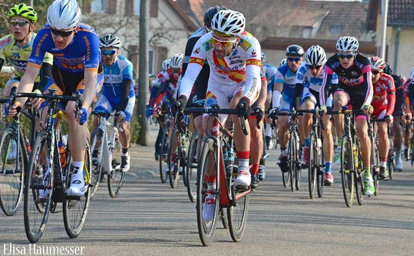flaches Strassenrennen in Wittenheim